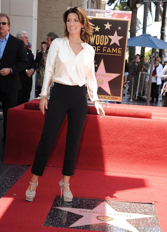 Shania Twain Hollywood Walk Of Fame  Beautiful Celebrity High
