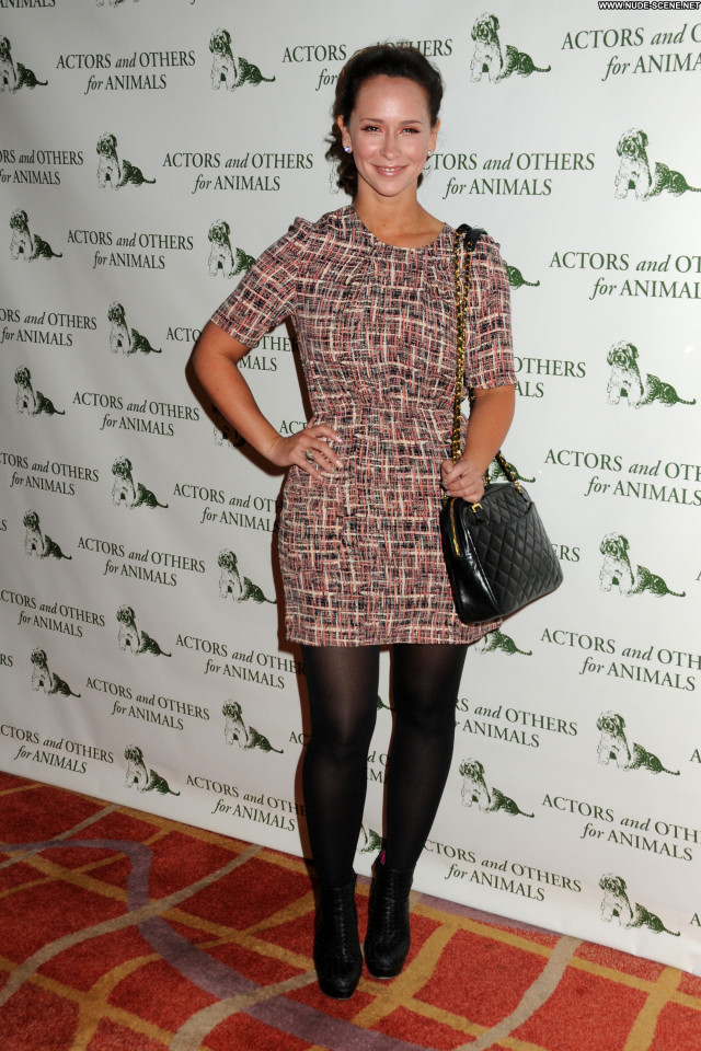Jennifer Love Hewitt No Source Posing Hot Babe Celebrity High