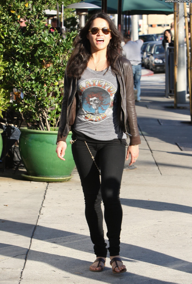 Michelle Rodriguez Michelle Posing Hot Beautiful Babe High Resolution