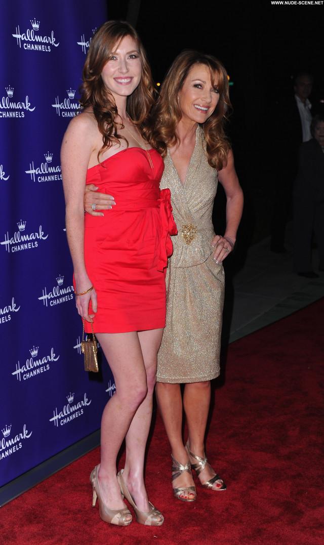 Ashley Tisdale Celebrity Posing Hot Beautiful Babe High Resolution