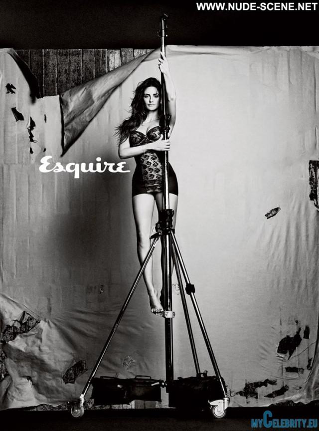 Penelope Cruz Esquire Magazine Sexy Beautiful Spain Posing Hot