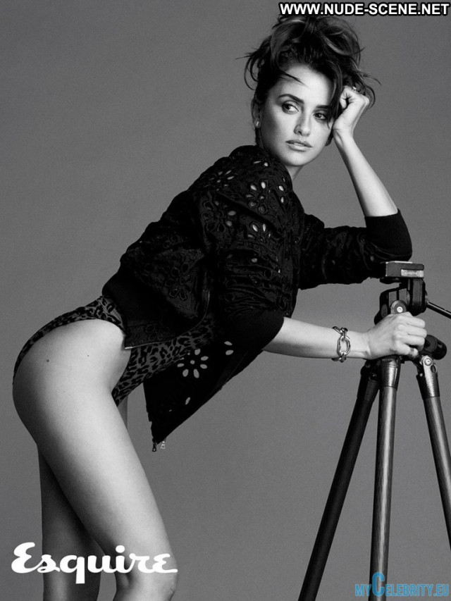 Penelope Cruz Esquire Magazine Posing Hot Topless Beautiful