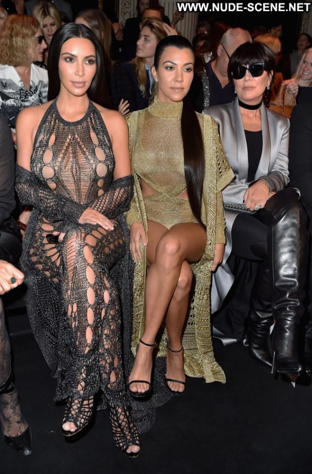 Kim Kardashian Fashion Show Babe Celebrity Posing Hot Usa Fashion