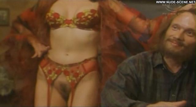 Ulia Shopirieva The Ugly Truth Celebrity Posing Hot Babe Beautiful