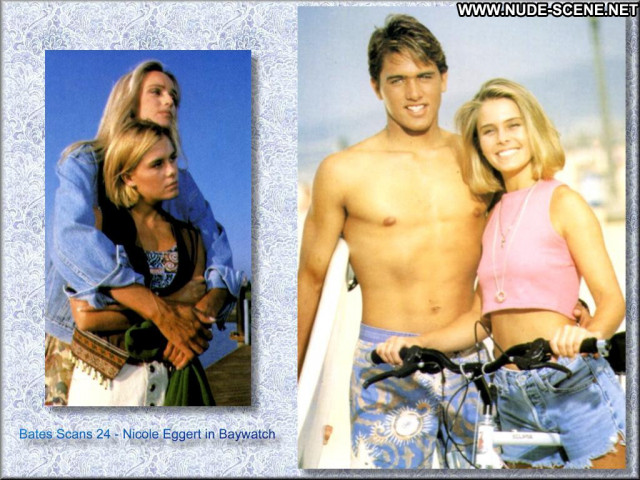 Nicole Eggert Celebrity Posing Hot Beautiful Babe Doll Famous Hot