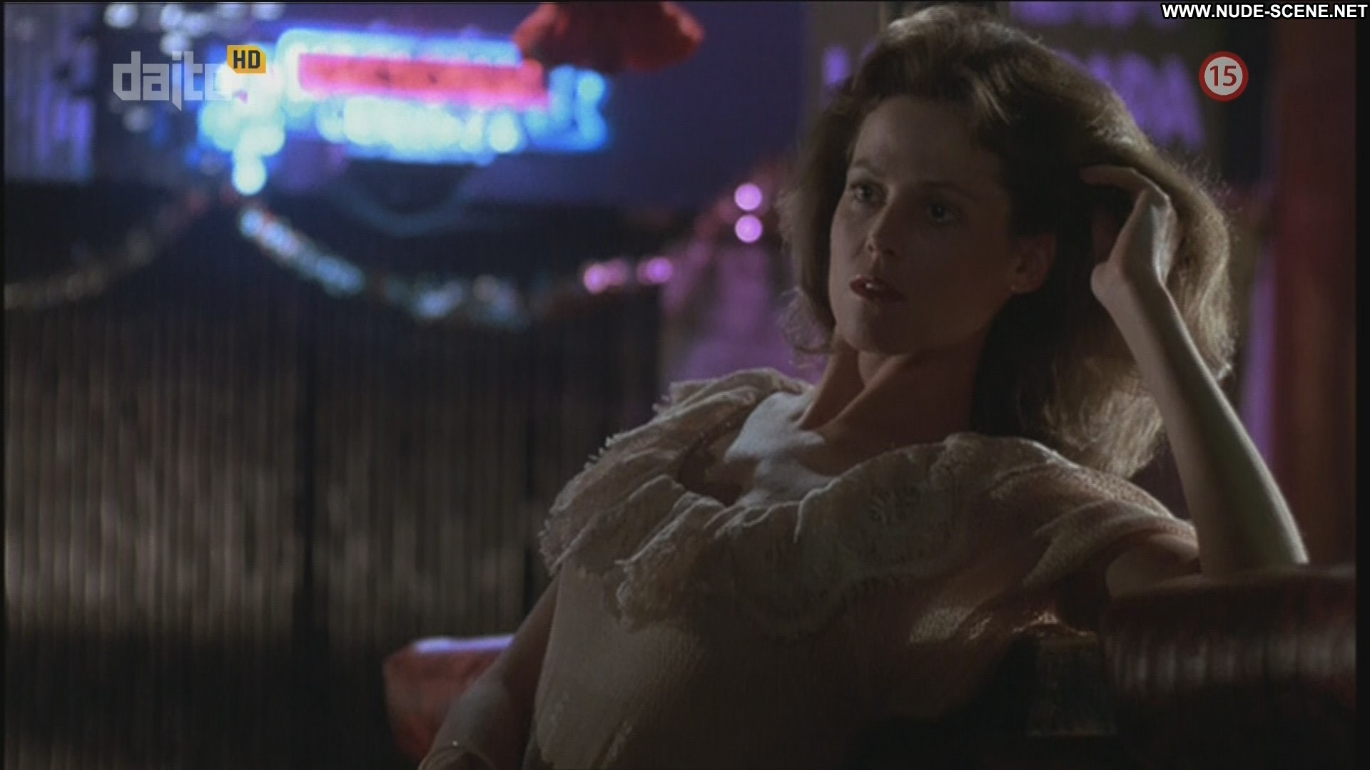 Sigourney Weaver No Source Celebrity Beautiful Babe Posing Hot