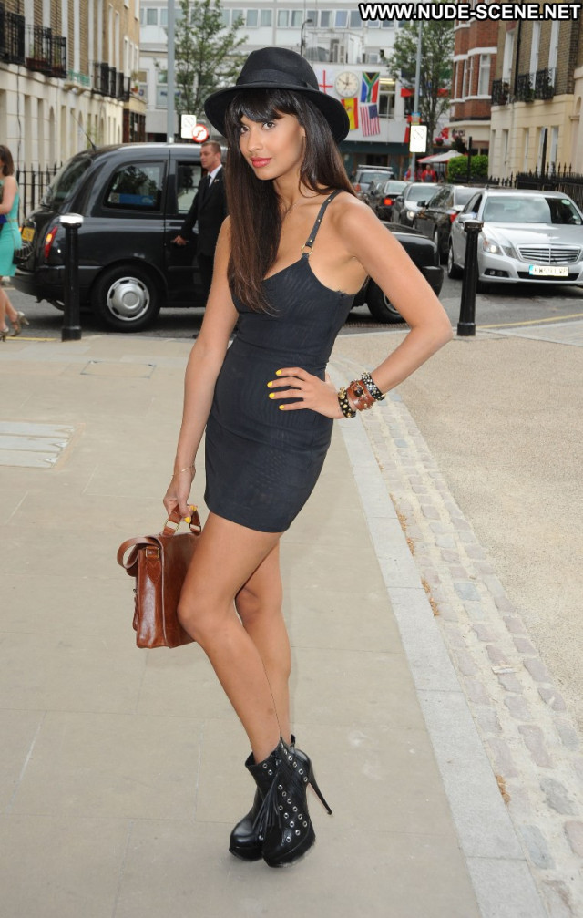Jameela Jamil Anniversary Party Party Beautiful Posing Hot Babe