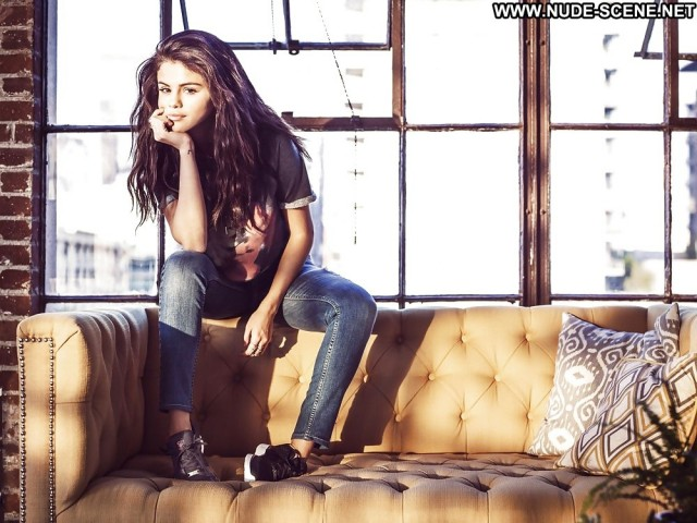 Selena Gomez Pictures Celebrity Babe Brunette