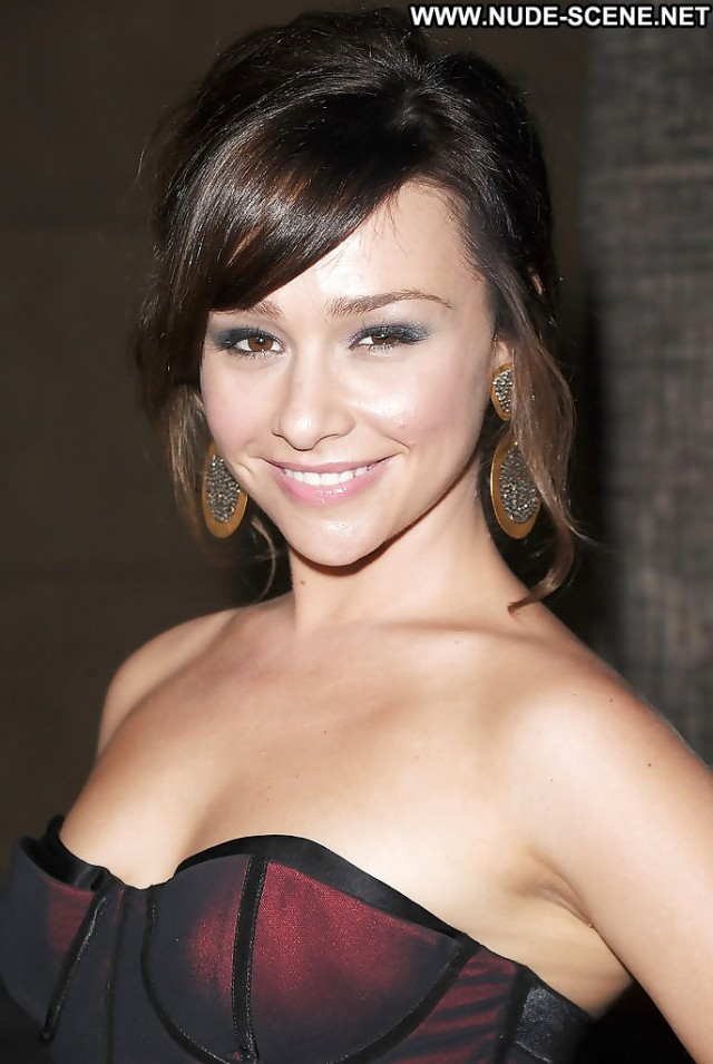 Danielle Harris Pictures Celebrity Brunette Famous Cute Actress