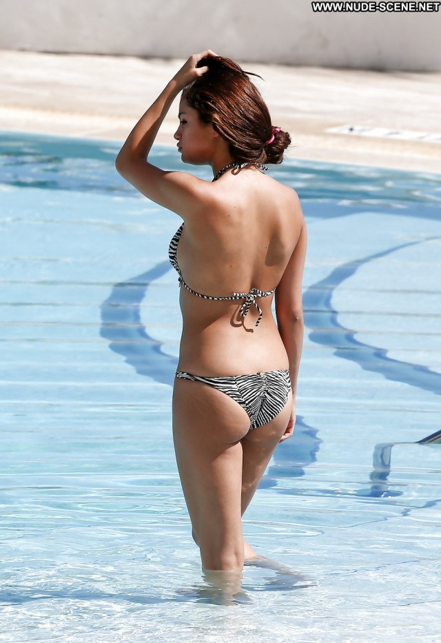Selena Gomez Pictures Celebrity Ass Famous Hot Sexy Doll Nude Babe