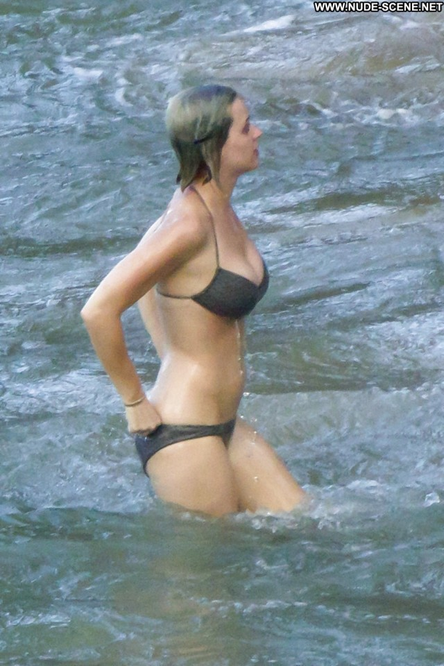 Taylor Swift Pictures Boobs Tits Celebrity