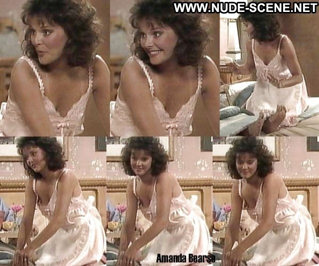 Amanda Bearse Pictures Sexy Blonde Celebrity Gorgeous Nude Female