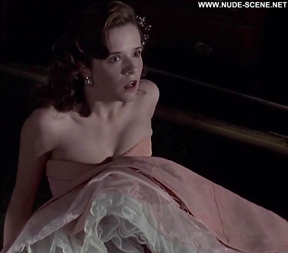 Free Preview Of Lea Thompson Naked In All The Right Moves