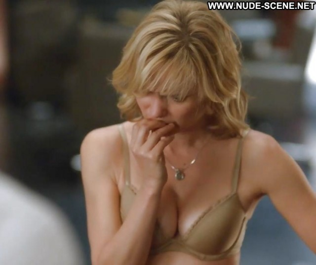 Radha Mitchell Nude Sexy Scene Stunning Athletic Posing Hot