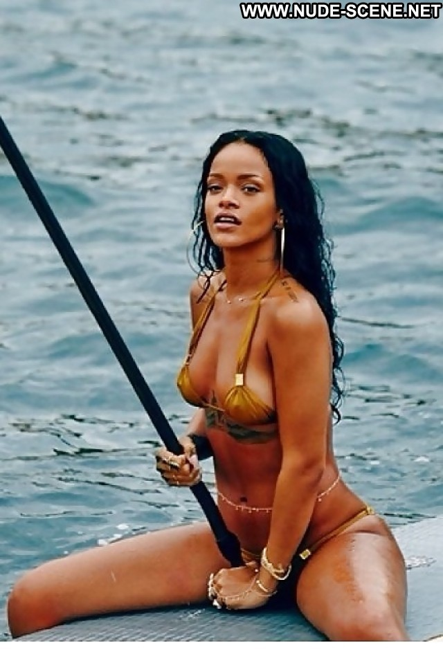 Rihanna Pictures Hot Celebrity