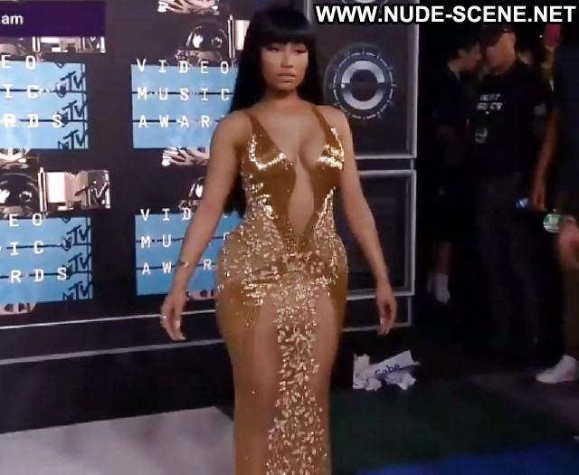 Nicki Minaj Pictures Big Tits Big Butt Big Tits Hot Big Tits Beach